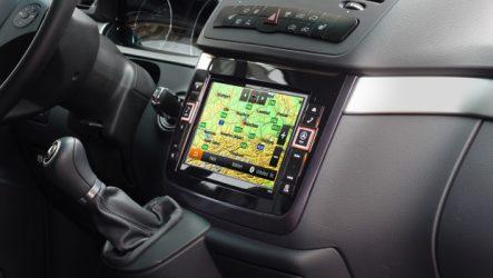 Alpine. Novo X800D-V para os Mercedes Viano e Vito