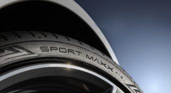 Dunlop. Novo Sport Maxx RT2