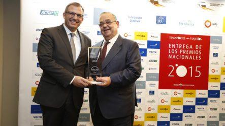 """MAN. TGX EfficientLine 2 foi eleito """"Camião do Ano 2015 em Espanha"""""""