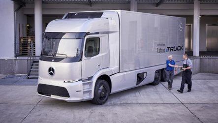 Mercedes-Benz – Testes em clientes com camião elétrico