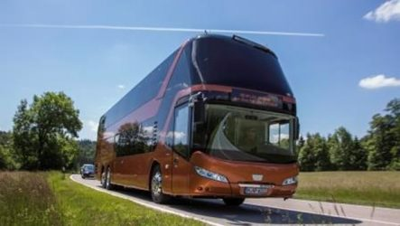 Neoplan – Skyliner ganha teste Internacional Bus Competition