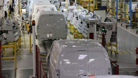 CTT. Frota renovada com 604 comerciais ligeiros Peugeot