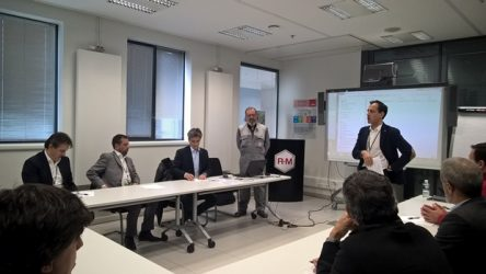 R-M – Clientes portugueses na sede da marca em França