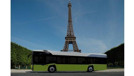 Solaris. Urbino 12 em Paris