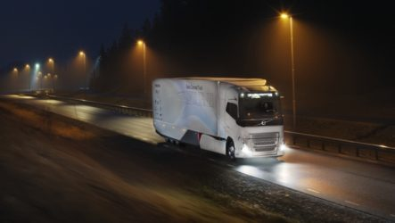 Volvo – Camião híbrido para longo curso