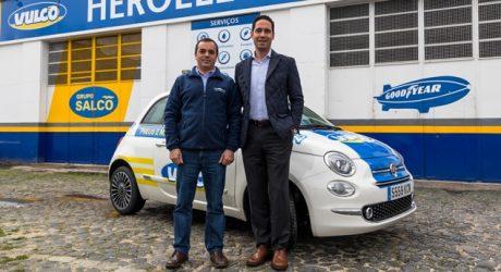 Vulco entrega dois Fiat 500 às oficinas da rede