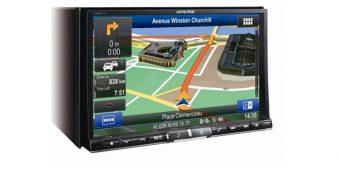 Alpine. Novos sistemas multimédia com navegação