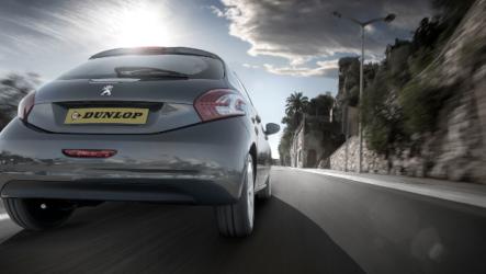 Dunlop. Apresenta o novo StreetResponse2 para veículos pequenos