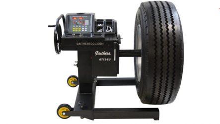 Altaroda. Apresenta equilibradora manual móvel para camiões